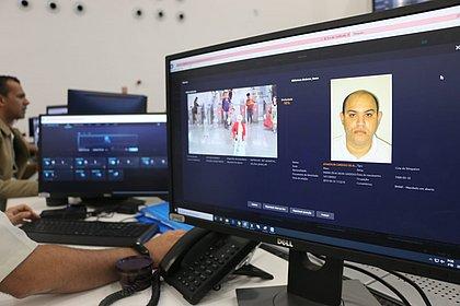 Foragido é preso dentro de escritório após reconhecimento facial em Salvador