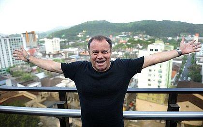 Arturzinho foi campeão do Nordestão por Vitória e América-RN e voltou a ser finalista com o Leão em 2002