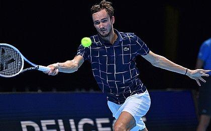 Daniil Medvedev bateu Novak Djokovic pelo ATP Finals