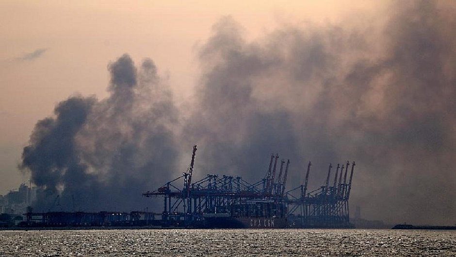 Zona portuária de Beirute foi palco de explosão de grandes proporções