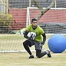 Goleiro titular do Vitória, Lucas Arcanjo treina na Toca do Leão visando o Rio Branco