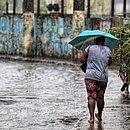 Chuvas alagaram Avenida General San Martin na manhã de hoje (1)