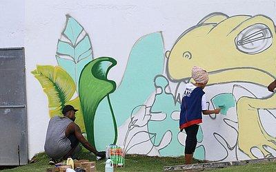 Mural pintado durante o evento