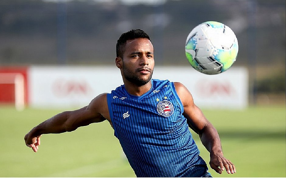 Élber acredita que Bahia vai engrenar e conseguir salto na tabela do Brasileirão
