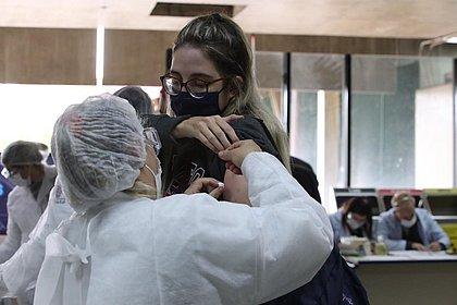 País tem 56,9 milhões de vacinados com 1ª dose contra a covid; 28,9% da população