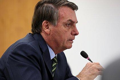 Bolsonaro começa a receber cotados para substituir Mandetta; oncologista lidera