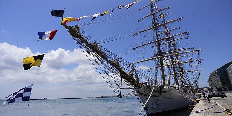 Navio veleiro Cisne Branco chega a Salvador e será aberto para visitação