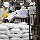 Durante a pandemia, uma das dificuldades na rotina da indústria foi o desabastecimento de insumos para alimentar a produção