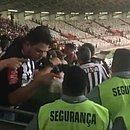 Segurança do Mineirão é vítima de injúria racial em clássico entre Cruzeiro e Atlético-MG