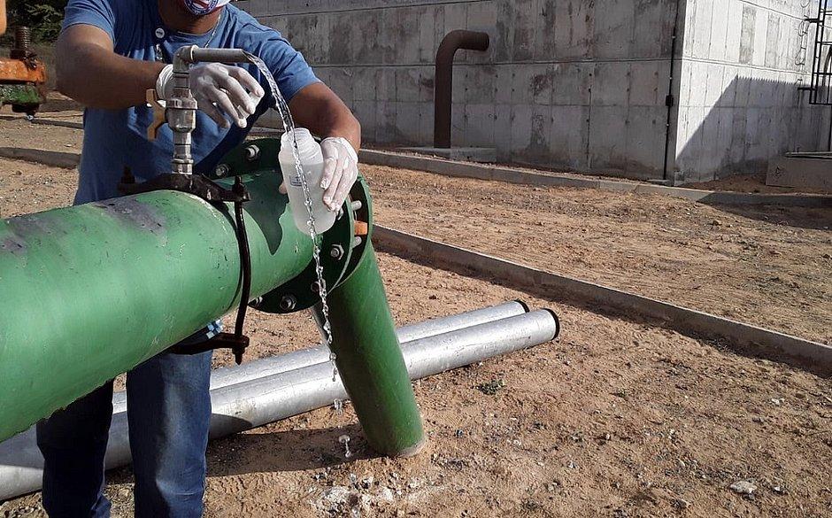 Embasa realiza novas coletas de água no município de Araci
