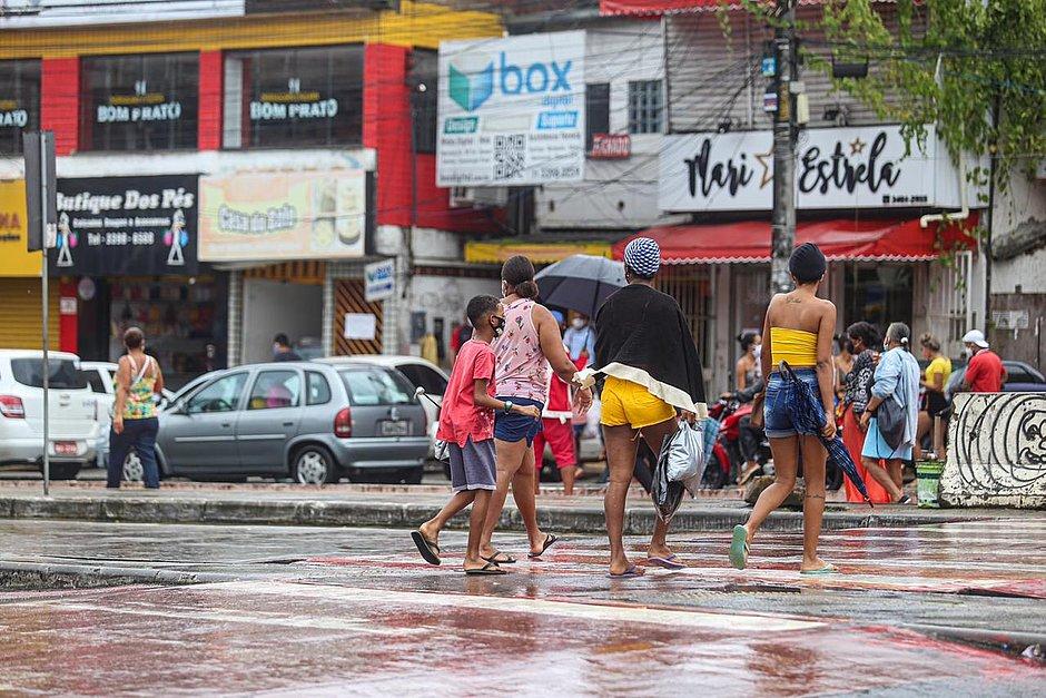 Isolamento mais restrito começa na Boca do Rio, Plataforma e Centro