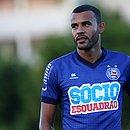 Ernando seguirá no elenco do Bahia por mais uma temporada