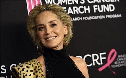 App de paquera bane perfil de Sharon Stone achando que era falso