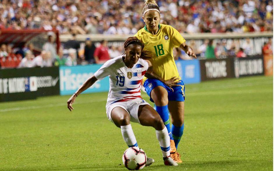 f0acfd868450b Seleção feminina é goleada e EUA conquistam o Torneio das Nações ...