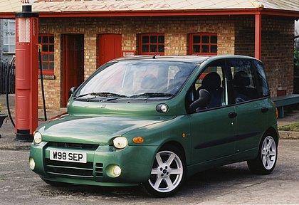 A primeira geração do Fiat Multipla, que ainda pode ser vista rodando na Europa, tem um visual polêmico