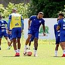 No Fazendão, elenco do Bahia faz último treino antes de encarar o Bahia de Feira