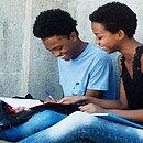 Os participantes contam com materiais de estudo gratuitos disponibilizados online