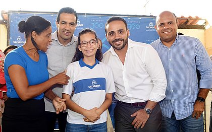 Salvador passa a contar com 30 intérpretes para alunos com deficiência auditiva