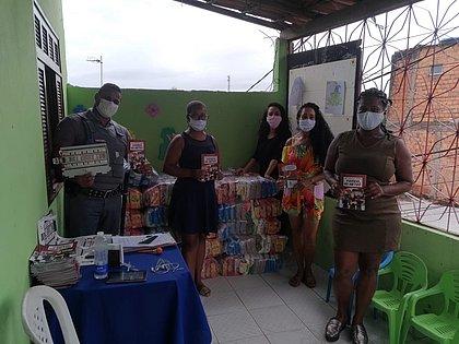 CCR Metrô Bahia doa mais de 10 toneladas de alimentos para comunidades