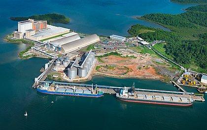 O Terminal Portuário de Cotegipe, na Baía de Aratu, é o principal responsável pelo escoamento da soja que é produzida na região Oeste da Bahia