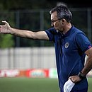 Cláudio Prates não seguirá no comando técnico do time de transição