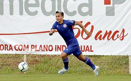 Após suspensão, Artur reforça o Bahia contra o Grêmio