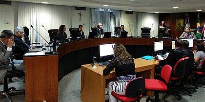 Pleno do TCE mantém suspensão da licitação do VLT do Subúrbio