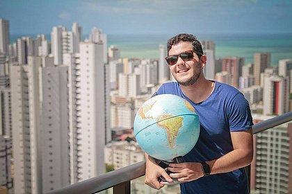 Empresário baiano larga tudo para dar volta ao mundo e bater recorde ( Felipe Ribeiro/JC Imagem)