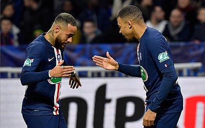 Neymar e Mbappé marcaram gols para o PSG contra o Lyon