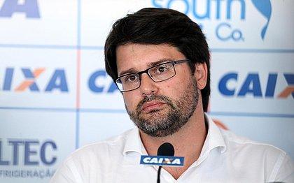 """""""Por democracia, com equilíbrio, união e trabalho"""", escreveu o presidente do Bahia"""