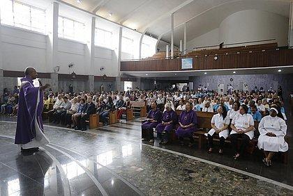 Santuário ficou lotado para a missa