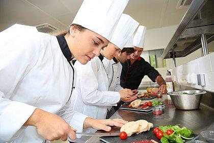 Dia do Gastrônomo: dom e profissionalização são essenciais para uma boa carreira