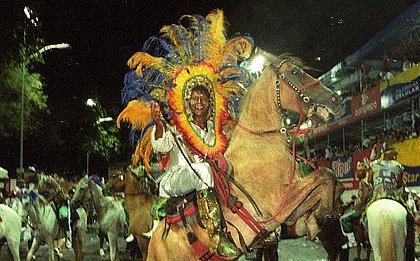 Cenas de Carnaval: Commanches do Pelô
