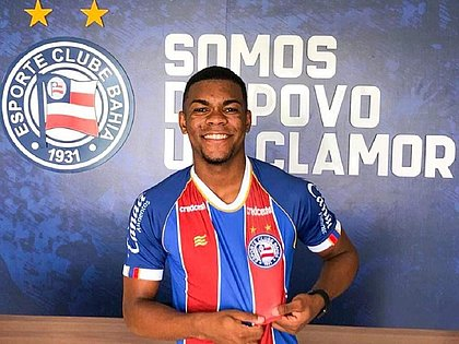 Ronaldo é atacante e estava no São Caetano
