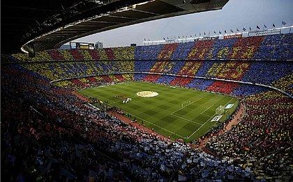 Por protestos, liga espanhola pede jogo de Barça x Real em Madri