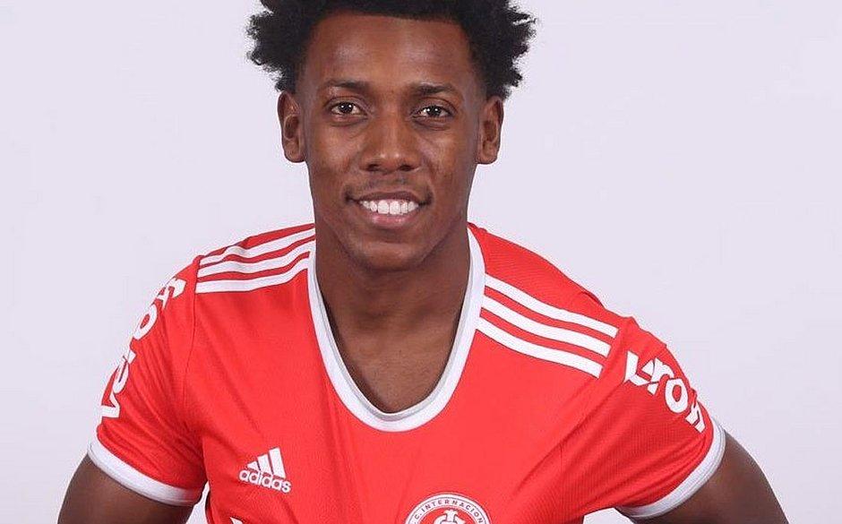 Moisés agora é jogador do Internacional