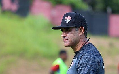 Marcelo Chamusca vai disputar pela primeira vez um Ba-Vi como treinador da equipe profissional