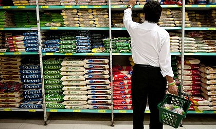 Governo Bolsonaro planeja zerar tarifa para importar alimentos