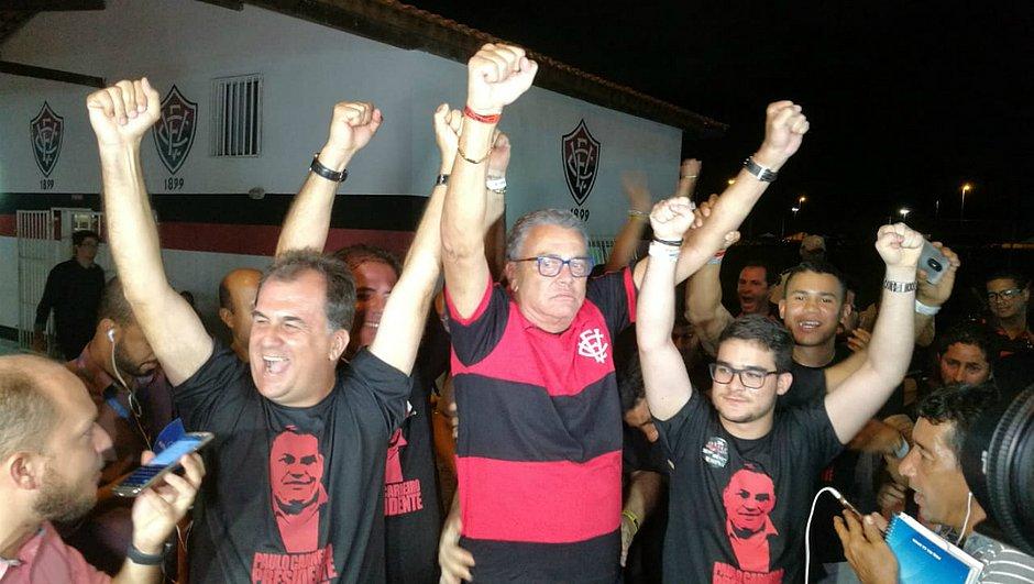 Paulo Carneiro volta a ser presidente do Vitória após 14 anos