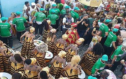 Em 40 anos de Carnaval, Andréia Reis é a primeira maestrina do Olodum