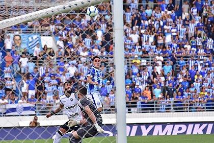 CSA vence com golaço de Carlinhos e deixa a zona de rebaixamento