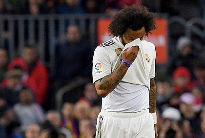 Marcelo desfalca Real Madrid contra PSG na Liga dos Campeões