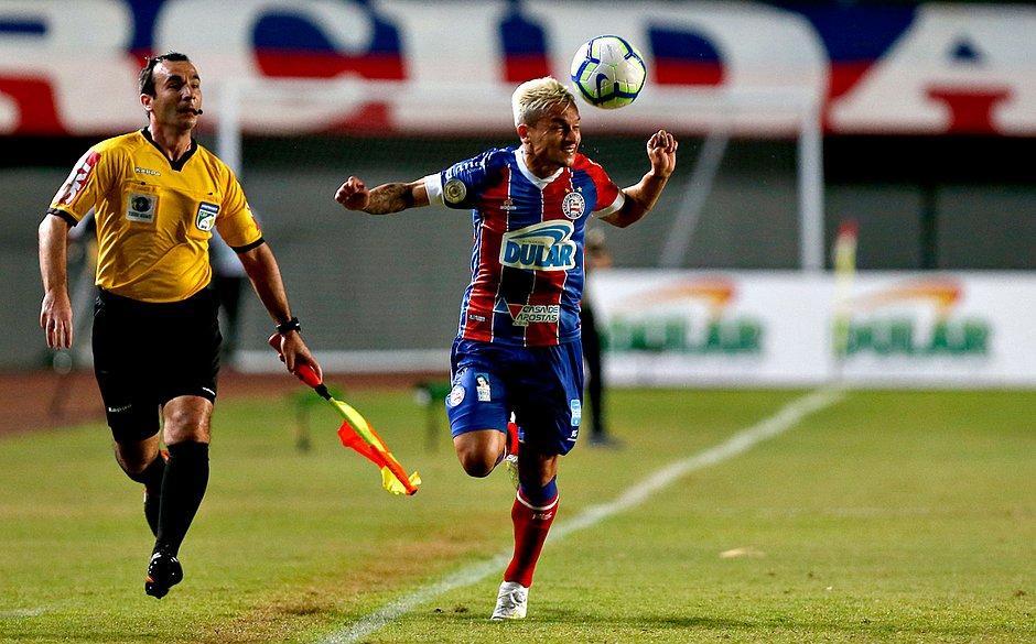 Artur já está com a cabeça no duelo contra o Grêmio, quarta-feira (17), pela Copa do Brasil