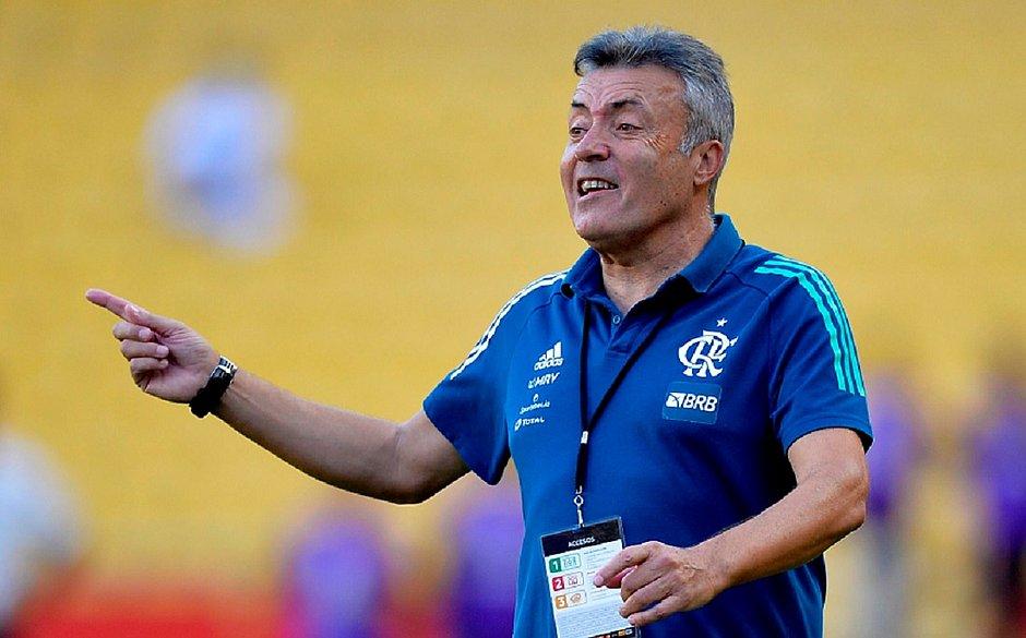 Técnico do Flamengo, Domènec Torrent testou positivo para coronavírus