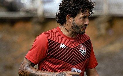 Fernando Neto foi o autor do primeiro gol do Vitória no empate em 2x2 com o Avaí