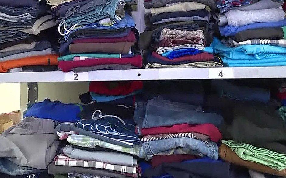 PM arrecada roupas e cobertores para população de rua; veja como ajudar
