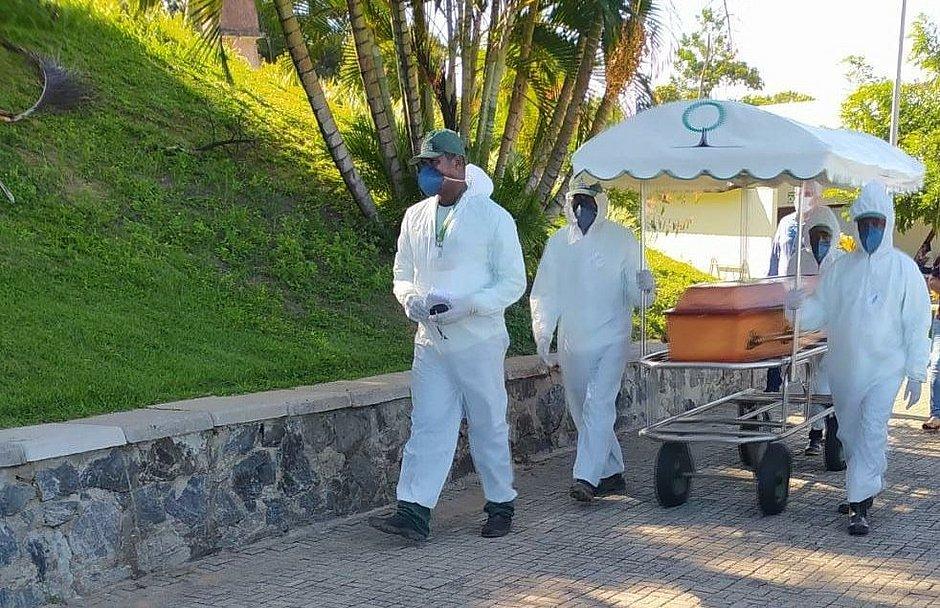 Coronavírus: Cemitérios e funerárias de Salvador se preparam para ...