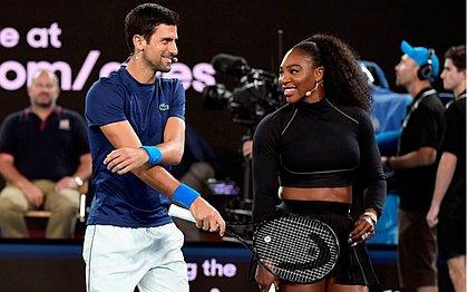O sérvio Novak Djokovic e a norte-americana Serena Williams durante o Rally for Relief