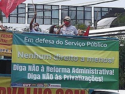 Servidores públicos baianos fazem carreata contra a Reforma Administrativa