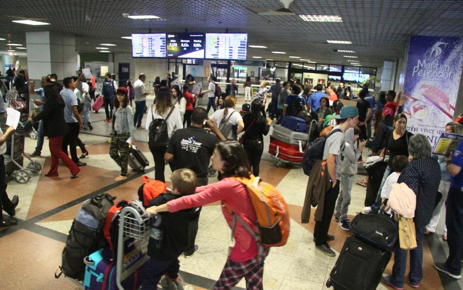 Após caos, situação do aeroporto de Salvador é regularizada